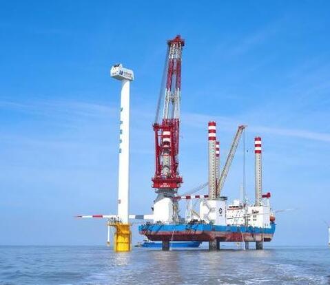 """国内首座1200吨自升式风电安装平台完成海上""""首秀"""""""