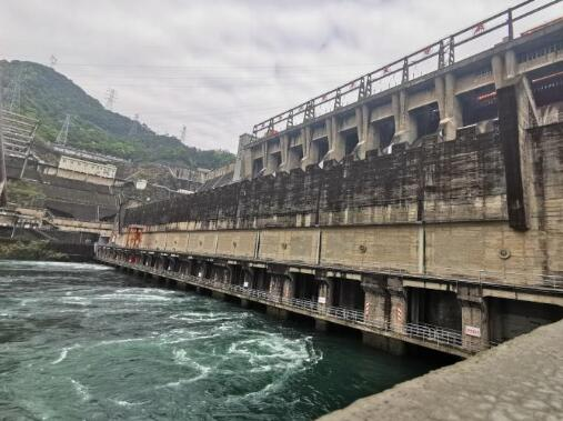 累计发电985亿千瓦时 国网新源杭州新安江电厂迎来发电60周年