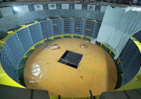 白鹤滩水电站右岸第二台百万千瓦机组定子机座顺利完成吊装