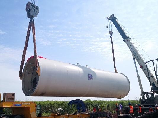 沅江二期50MW风电项目首台风机吊装