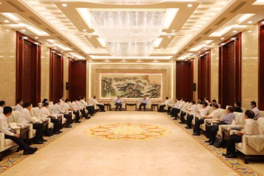 国家电网公司毛伟明、辛保安与山东省委书记刘家义、代省长李干杰会谈