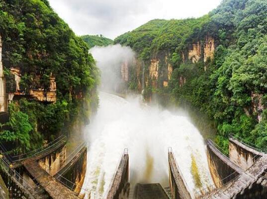 国家能源集团贵州红枫水电厂:喀斯特地貌上建成水电坝型博物馆