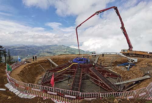 大唐普格甘天地二期风电场项目首台风机基础顺利浇筑