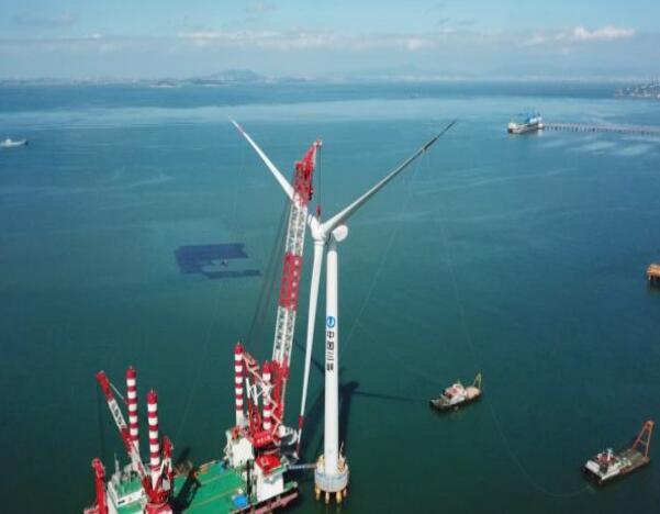 亚太单机容量最大海上风机并网发电