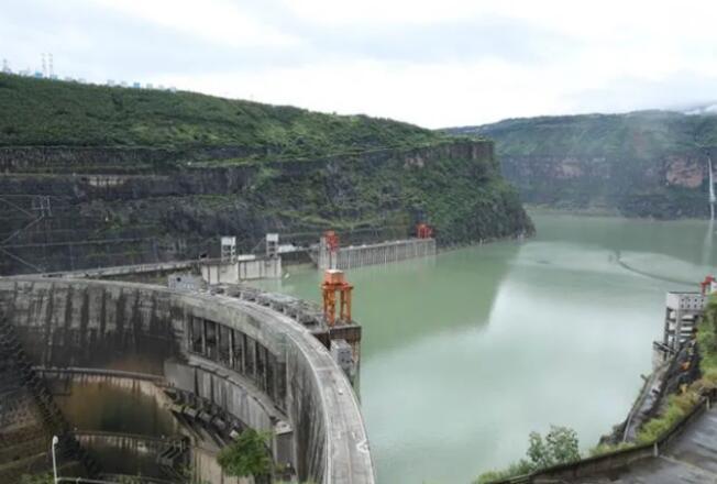溪洛渡-向家坝梯级电站积极应对西南区域大面积强降雨
