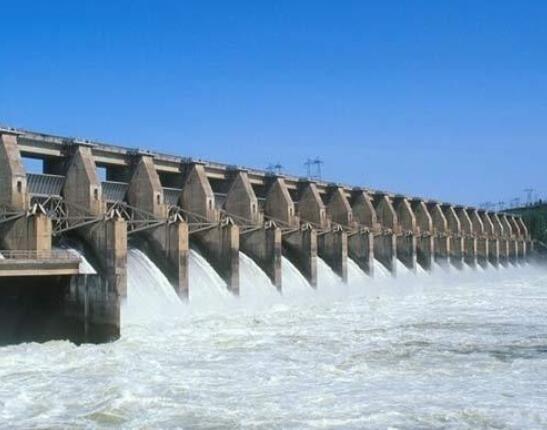 新疆亚曼苏水电站首台机组将正式投入商运