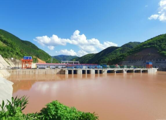 老挝南欧江四级电站2号机组成功并网发电