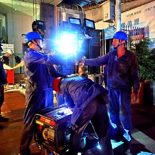 四川宜宾:医院电缆老化停电 电力紧急驰援恢复供电