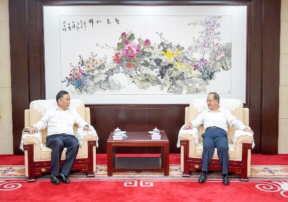 宋海良拜会广西壮族自治区党委书记鹿心社