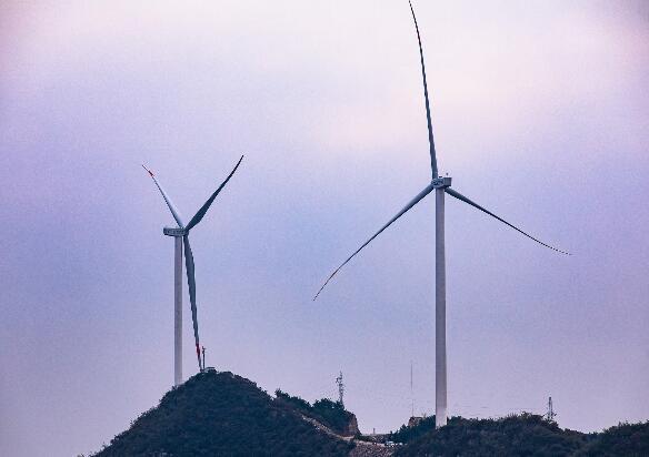 山西平定100兆瓦风电项目全容量并网发电