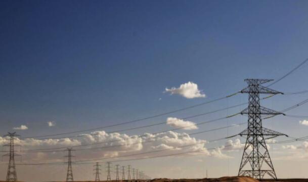 埃及瓦迪500千伏输电线路工程全线贯通