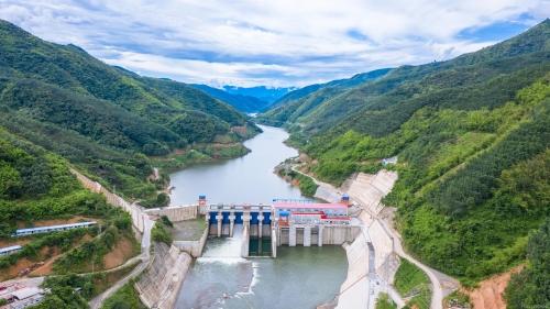 老挝南欧江四级水电站发电量突破1亿度