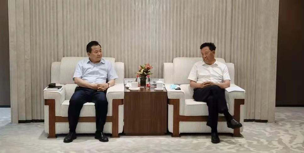 杨昆会见内蒙古电力集团董事长贾振国一行
