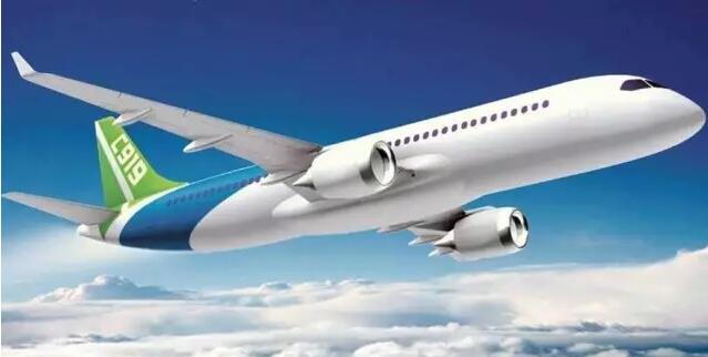 万众瞩目的国产c919大型客机首飞成功,蓝天上终于有了属于中国制造的