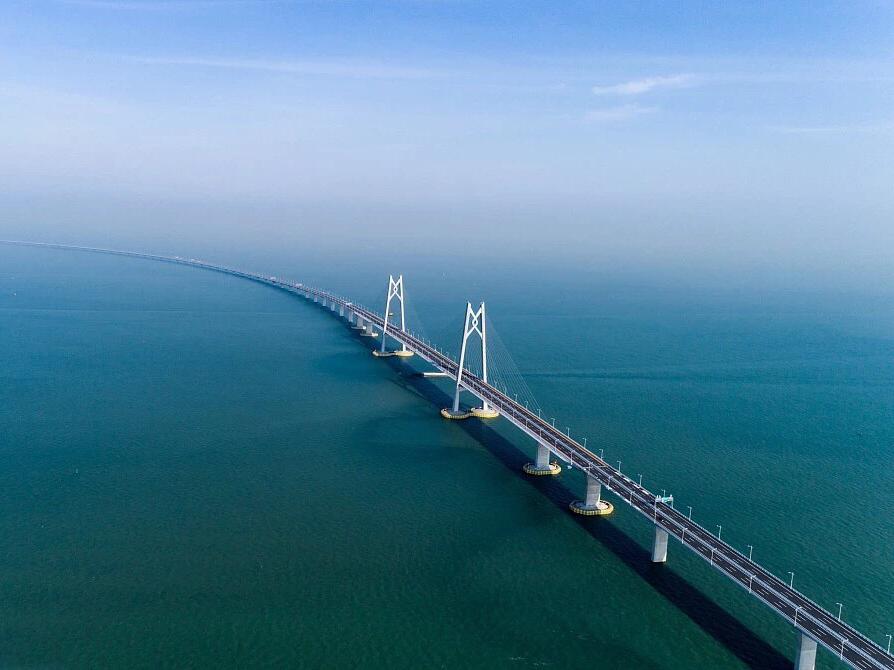 细析港珠澳大桥开通后,背后的能源、经济意义!