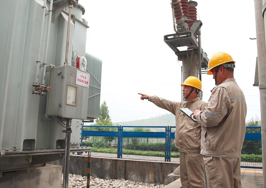 大唐山东清洁能源公司举办首届风电技术能手比武